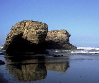 Praia das Catedrais en Ribadeo, Lugo