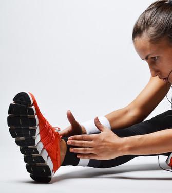 Es aconsejable prepararse previamente mediante ejercicios de gimnasia