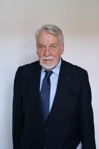 Paolo Caucci von Saucken